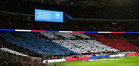 Những giọt nước mắt trên sân vận động Wembley - ảnh 2