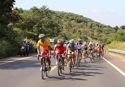 Giải xe đạp Nam Kỳ Khởi Nghĩa 2015: Lê Văn Duẩn giành chiến thắng 'kép' - ảnh 2
