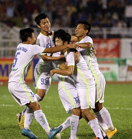 Công Phượng tỏa sáng, U21 HAGL một lần nữa loại U21 Việt Nam - ảnh 1