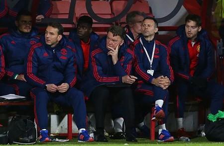 Cầu thủ Man United làm loạn phòng thay đồ - ảnh 1