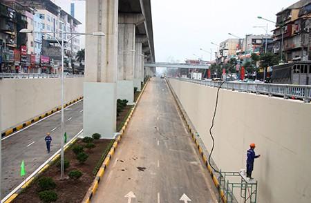 Cận cảnh hầm chui Thanh Xuân và Trung Hòa trước ngày thông xe - ảnh 12