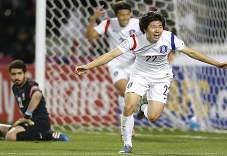 Bán kết U-23 châu Á: Đông Á thắng lớn, Tây Á buồn - ảnh 1
