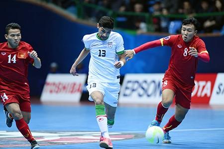 Thua đậm Iran, Futsal Việt Nam tranh HCĐ với Thái Lan - ảnh 1