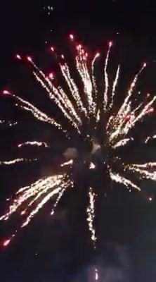 Công an vào cuộc vụ bắn pháo hoa tại tiệc cưới con gái đại gia - ảnh 1