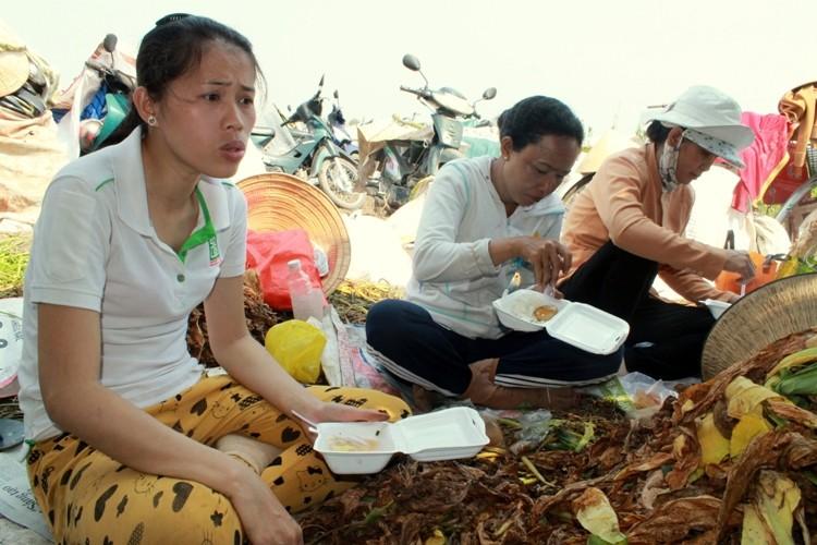 Nhộn nhịp xóm thuốc lào Sài Gòn - ảnh 15