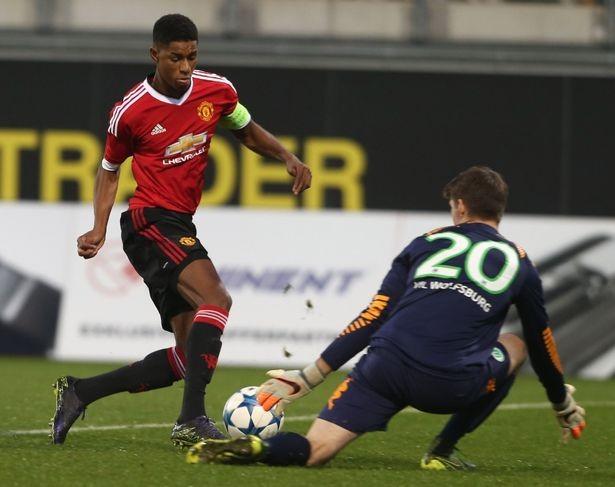 Ghi 4 bàn, sao trẻ Man Utd được tăng lương 10 lần - ảnh 1