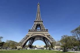 """Ibrahimovic: """"Phá tháp Eiffel thay tượng đài tôi, tôi sẽ ở lại Paris"""" - ảnh 2"""