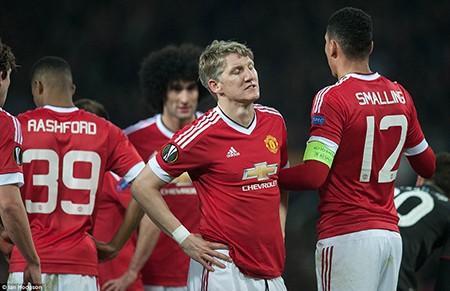 M.U 1-1 Liverpool: Tiễn 'kình địch' lên đường - ảnh 2