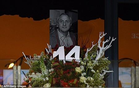 Xúc động buổi lễ tưởng niệm 'thánh' Johan Cruyff - ảnh 8