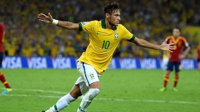 Brazil đi 'đánh trận' thiếu cả 'súng' lẫn 'lá chắn' - ảnh 1