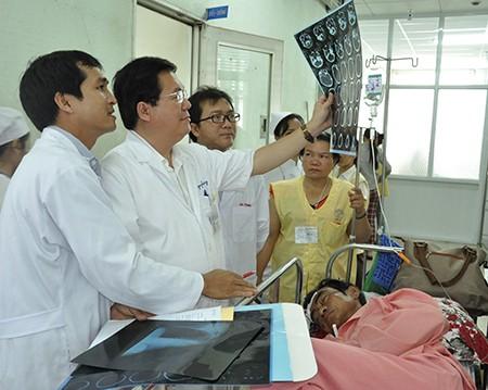 Ông Huỳnh Văn Nén sẽ xuất viện trong tuần này - ảnh 1
