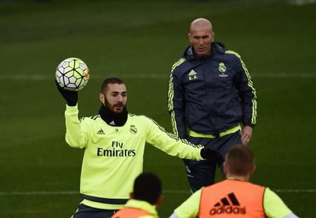 Có một 'cuộc chiến' khác giữa Barcelona và Real Madrid - ảnh 5