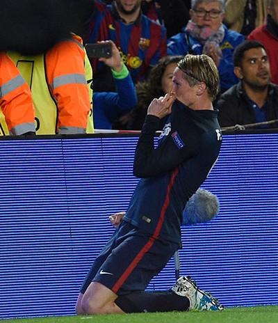 Suarez tỏa sáng, Barca thắng ngược Atletico - ảnh 1