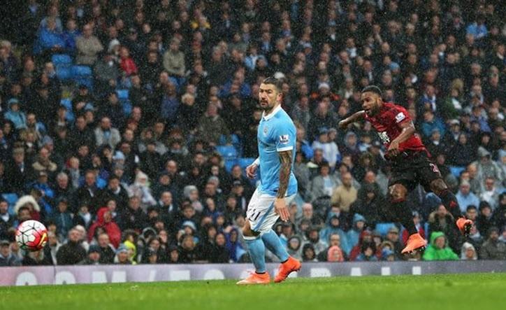 Thắng ngược West Brom, Man City 'áp sát' Arsenal - ảnh 3