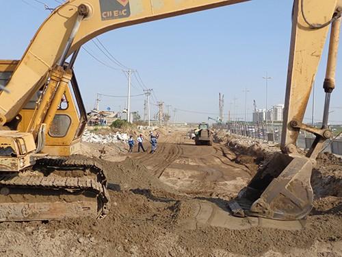 Ký kết hợp đồng xây dựng đường trục Bắc-Nam ở Thủ Thiêm - ảnh 3