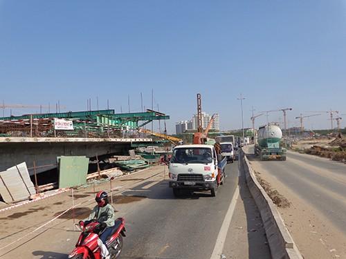 Ký kết hợp đồng xây dựng đường trục Bắc-Nam ở Thủ Thiêm - ảnh 5