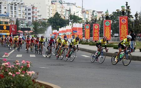Nguyễn Thành Tâm khẳng định ngôi vị đầu giải áo xanh - ảnh 8