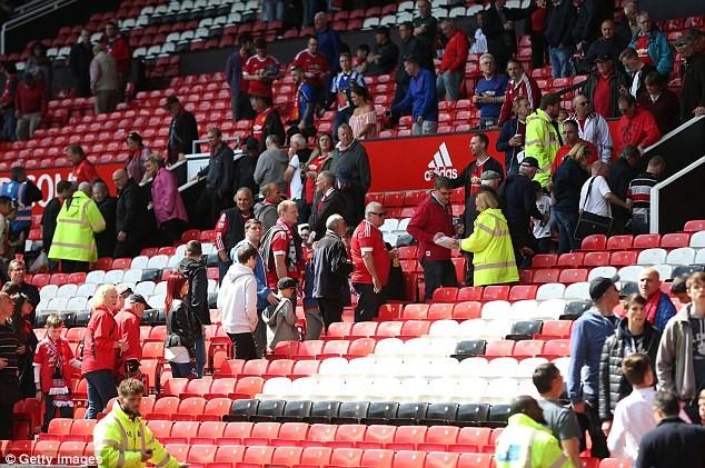 Nghi bị gài bom, trận cuối cùng của Man United bị hủy - ảnh 9