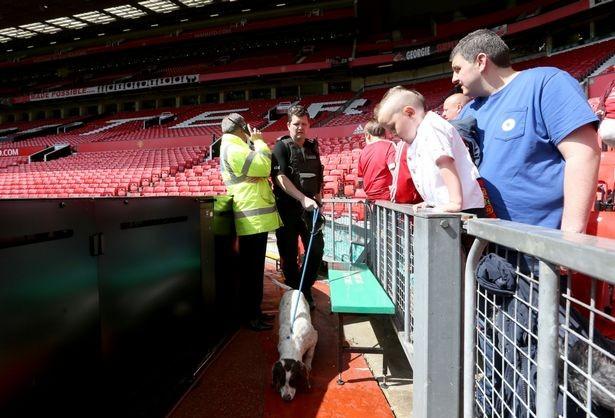 Man. Utd gặp bất lợi vì lịch đá lại với Bournemouth - ảnh 1