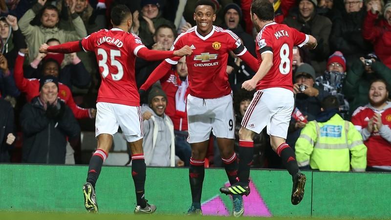 Sao M.U thắng giải bàn thắng đẹp nhất Premier League mùa 2015-2016 - ảnh 1