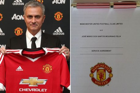Nóng: Manchester United chính thức bổ nhiệm Mourinho - ảnh 1