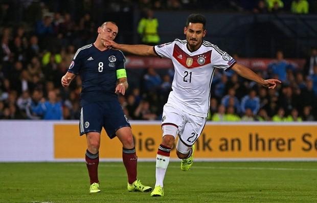 Đội hình siêu sao lỡ hẹn với Euro 2016: Đủ mặt anh tài - ảnh 9
