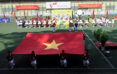 ĐKVĐ HTV thất thủ trong ngày khai mạc giải bóng đá Hội Nhà báo - ảnh 1