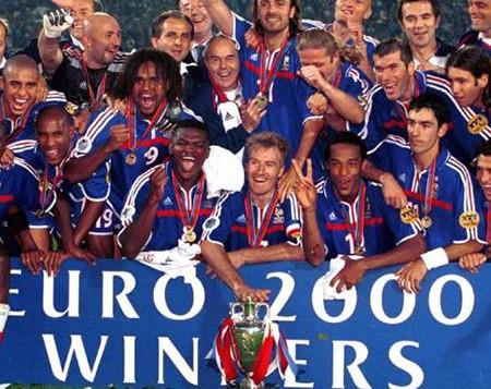 Euro 2000: 'Gà trống Gô-loa' làm nên lịch sử - ảnh 3