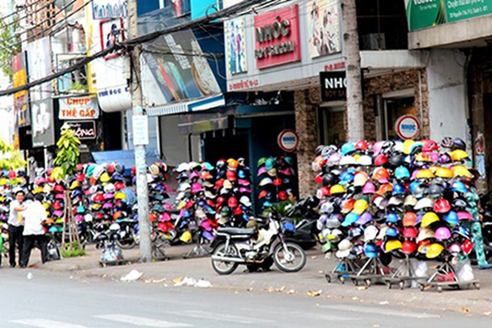 Muốn sản xuất mũ bảo hiểm phải có chỗ bán - ảnh 1