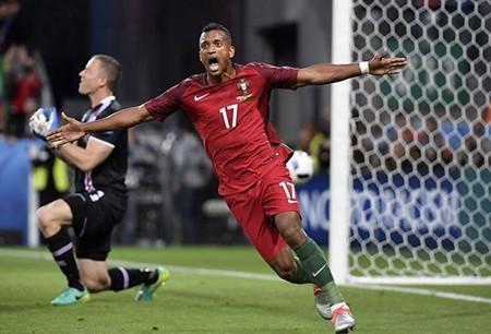 Ronaldo gây thất vọng, Bồ Đào Nha chia điểm với Iceland - ảnh 1