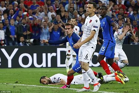 Thắng nhọc Albania, Pháp chính thức có 'vé' vào vòng knock-out - ảnh 1