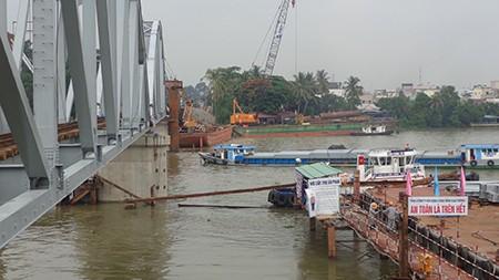 Chùm ảnh: Cầu Ghềnh mới trước ngày thông tàu - ảnh 7
