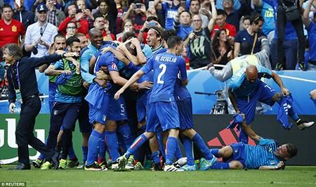 Ý - Tây Ban Nha 2-0: 'Bắn hạ bò tót!' - ảnh 3
