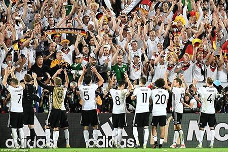 Thắng penalty đau tim, 'cỗ xe tăng' Đức vượt qua định mệnh! - ảnh 9