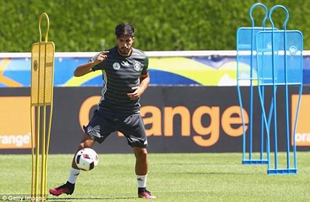 Schweinsteiger tiết lộ bí mật về loạt đá penalty đau tim với Ý - ảnh 4
