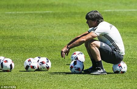 Schweinsteiger tiết lộ bí mật về loạt đá penalty đau tim với Ý - ảnh 6