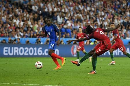 Ronaldo bật khóc, Eder hóa người hùng, Bồ Đào Nha vô địch Euro 2016 - ảnh 6