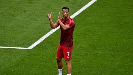 Ronaldo bật khóc, Eder hóa người hùng, Bồ Đào Nha vô địch Euro 2016 - ảnh 73