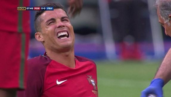 Ronaldo bật khóc, Eder hóa người hùng, Bồ Đào Nha vô địch Euro 2016 - ảnh 48