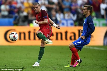 Ronaldo bật khóc, Eder hóa người hùng, Bồ Đào Nha vô địch Euro 2016 - ảnh 28