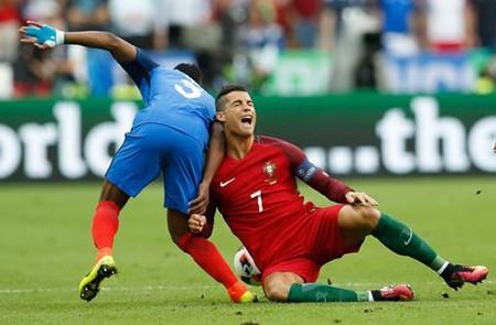 Ronaldo bật khóc, Eder hóa người hùng, Bồ Đào Nha vô địch Euro 2016 - ảnh 34