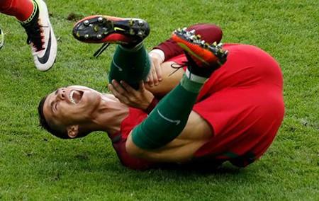 Ronaldo bật khóc, Eder hóa người hùng, Bồ Đào Nha vô địch Euro 2016 - ảnh 35