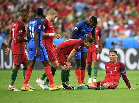Ronaldo bật khóc, Eder hóa người hùng, Bồ Đào Nha vô địch Euro 2016 - ảnh 44