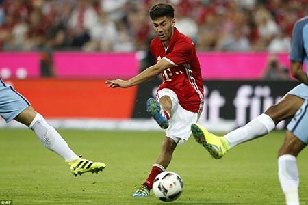 Guardiola bại trận trước 'tình cũ' Bayern trong ngày ra mắt Man. City - ảnh 3
