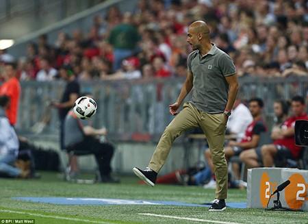 Guardiola bại trận trước 'tình cũ' Bayern trong ngày ra mắt Man. City - ảnh 9