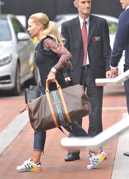 Vì vợ, Ibrahimovic bỏ khách sạn hạng sang ở MU - ảnh 1