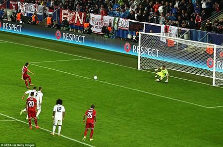 Real giành siêu cúp châu Âu trong cảnh trở về từ cõi chết - ảnh 3