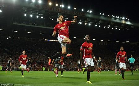 Pogba ra mắt, Ibrahimovic 'lên đồng', MU nhẹ nhàng thắng Southampton - ảnh 4