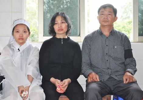 Chùm ảnh: Lễ viếng học viên phi công hy sinh do máy bay rơi ở Phú Yên - ảnh 13