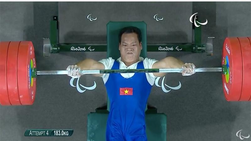 Lê Văn Công phá kỷ lục thế giới, giành HCV Paralympic lịch sử - ảnh 4